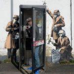 """تدمير جدارية """"كشك التجسس"""" لأحد أشهر رسامي بريطانيا"""