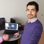 بالفيديو ..سوريان طبيب ومهندس يخترعان جهازاً طبياً فريداً في كندا